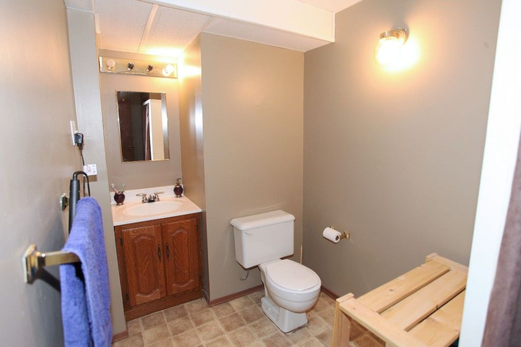 Photo 26: Photos: 28 Woodchester Place in Winnipeg: Charleswood Single Family Detached for sale (South Winnipeg)  : MLS®# 1406268