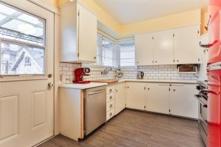 """Photo 6: 829 W 17TH Avenue in Vancouver: Cambie House for sale in """"DOUGLAS PARK"""" (Vancouver West)  : MLS®# R2026317"""