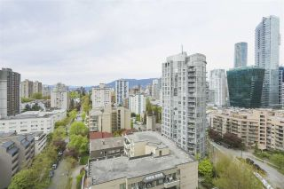 """Photo 11: 1706 909 BURRARD Street in Vancouver: West End VW Condo for sale in """"Vancouver Tower"""" (Vancouver West)  : MLS®# R2363575"""