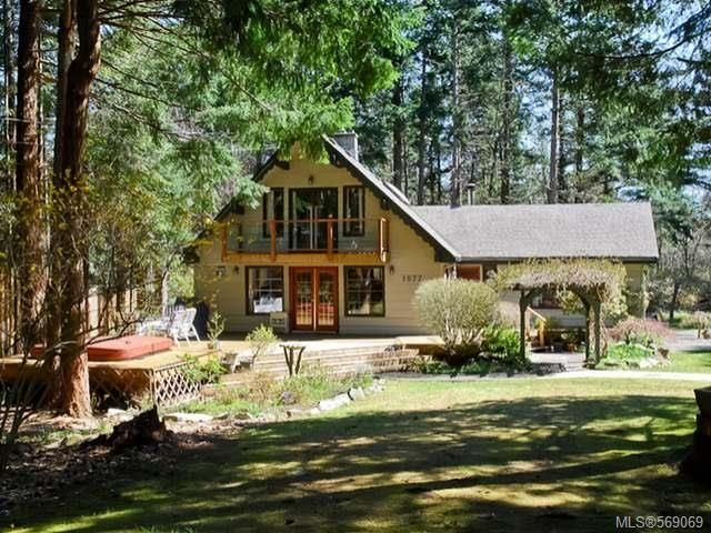 Main Photo: 1077 LAZO ROAD in COMOX: Z2 Comox Peninsula House for sale (Zone 2 - Comox Valley)  : MLS®# 569069