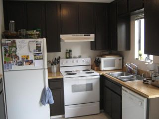 Photo 6: PACIFIC BEACH Townhome for sale : 2 bedrooms : 1648 Oliver # 3