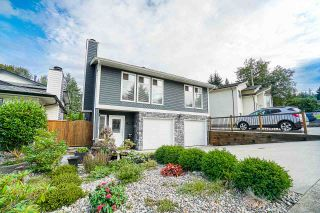 Photo 1: 1113 WALLACE Court in Coquitlam: Ranch Park House for sale : MLS®# R2403243