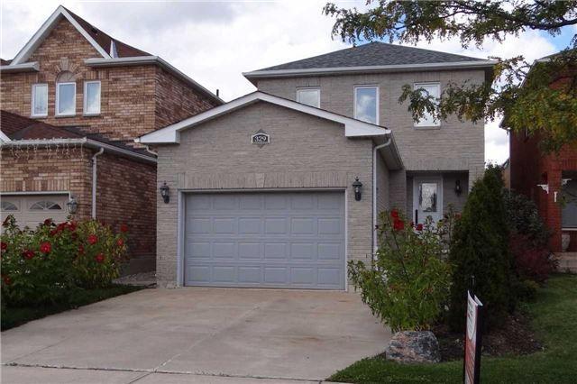 Photo 1: Photos: 329 Howard Crescent: Orangeville House (2-Storey) for sale : MLS®# W3903586