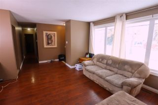 Photo 3: 10832 163 Street in Edmonton: Zone 21 House for sale : MLS®# E4221713