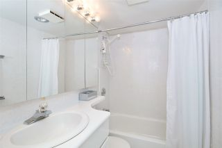 Photo 11: 403 1425 ESQUIMALT AVENUE in West Vancouver: Ambleside Condo for sale : MLS®# R2430904