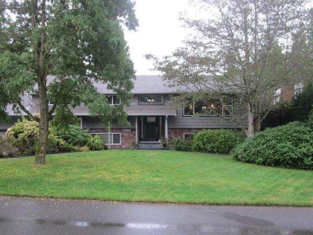 """Main Photo: 12356 SEACREST Drive in Surrey: Crescent Bch Ocean Pk. House for sale in """"CRFESCENT HEIGHTS"""" (South Surrey White Rock)  : MLS®# F1320690"""