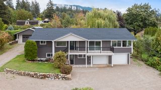 Photo 2: 2660 Northeast 25 Street, Salmon Arm, BC in Salmon Arm: Townhouse for sale : MLS®# 10165234