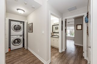 Photo 4: 208 4644 Pettit Avenue in Niagara Falls: House for sale : MLS®# H4091478