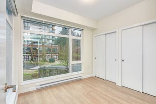 Photo 12: 307 26 E ROYAL Avenue in New Westminster: Fraserview NW Condo for sale : MLS®# R2529261