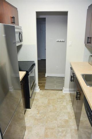 Photo 9: 412 1030 Grant Avenue in Winnipeg: Crescentwood Condominium for sale (1Bw)  : MLS®# 202112332