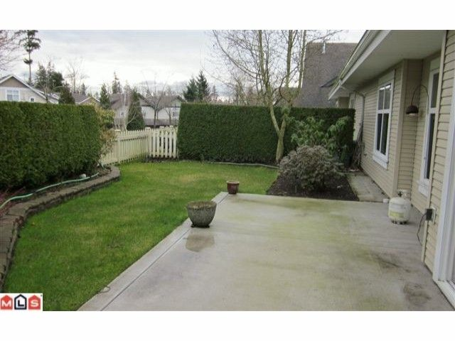 """Photo 7: Photos: 72 14877 33RD Avenue in Surrey: King George Corridor Townhouse for sale in """"SANDHURST"""" (South Surrey White Rock)  : MLS®# F1107938"""