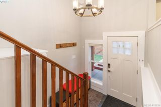Photo 2: Langford Home With Suite