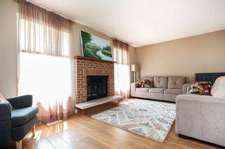 Photo 2: 8 Charles Hawkins Bay in Winnipeg: North Kildonan Residential for sale (3G)  : MLS®# 202119134