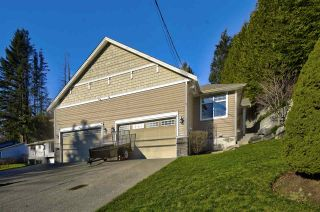 Main Photo: 32759 FRASER Crescent in Mission: Mission BC 1/2 Duplex for sale : MLS®# R2531832