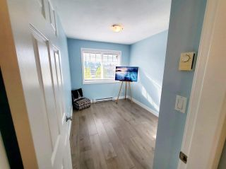 "Photo 15: 407 33960 OLD YALE Road in Abbotsford: Central Abbotsford Condo for sale in ""OLD YALE HEIGHTS"" : MLS®# R2499608"
