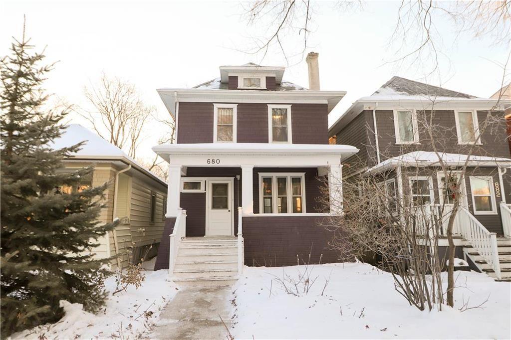 Main Photo: 680 Warsaw Avenue in Winnipeg: Residential for sale (1B)  : MLS®# 202100270