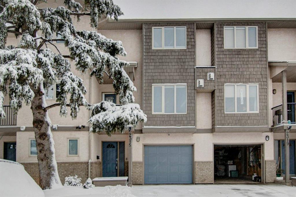 Main Photo: 2315 1 Street NE in Calgary: Tuxedo Park Row/Townhouse for sale : MLS®# A1086504