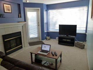 """Photo 2: 207 33708 KING Road in Abbotsford: Poplar Condo for sale in """"College Park (South buildings)"""" : MLS®# F1306914"""