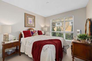 """Photo 19: 103 15747 MARINE Drive: White Rock Condo for sale in """"Promenade"""" (South Surrey White Rock)  : MLS®# R2573808"""