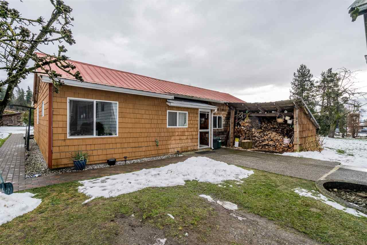 Photo 6: Photos: 1408 CLEARBROOK Road in Abbotsford: Poplar House for sale : MLS®# R2541003