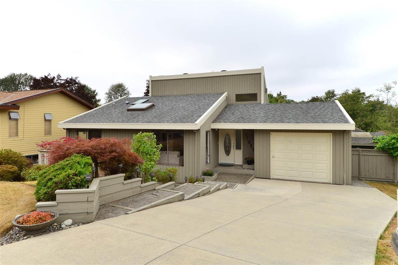 "Main Photo: 11057 WESTRIDGE Place in Delta: Sunshine Hills Woods House for sale in ""Sunshine Village"" (N. Delta)  : MLS®# R2298594"