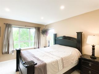 """Photo 14: 134 6747 203 Street in Langley: Willoughby Heights Townhouse for sale in """"SAGEBROOK"""" : MLS®# R2575428"""
