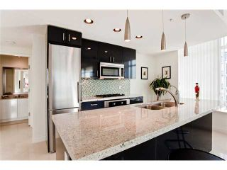 """Photo 2: 1104 162 VICTORY SHIP Way in North Vancouver: Lower Lonsdale Condo for sale in """"ATRIUM AT THE PIER"""" : MLS®# V876116"""