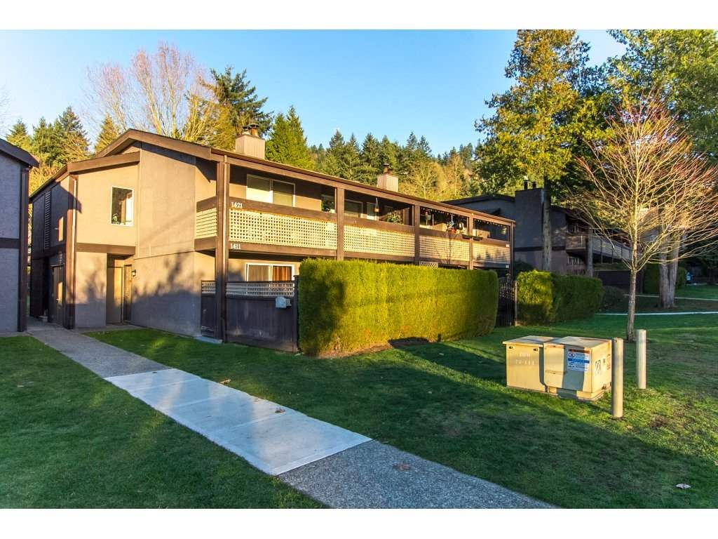 "Main Photo: 1411 34909 OLD YALE Road in Abbotsford: Abbotsford East Townhouse for sale in ""~The Gardens~"" : MLS®# R2227276"
