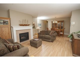 Photo 5: 301 1221 JOHNSTON Road in Presidents Court: Home for sale : MLS®# F1430563