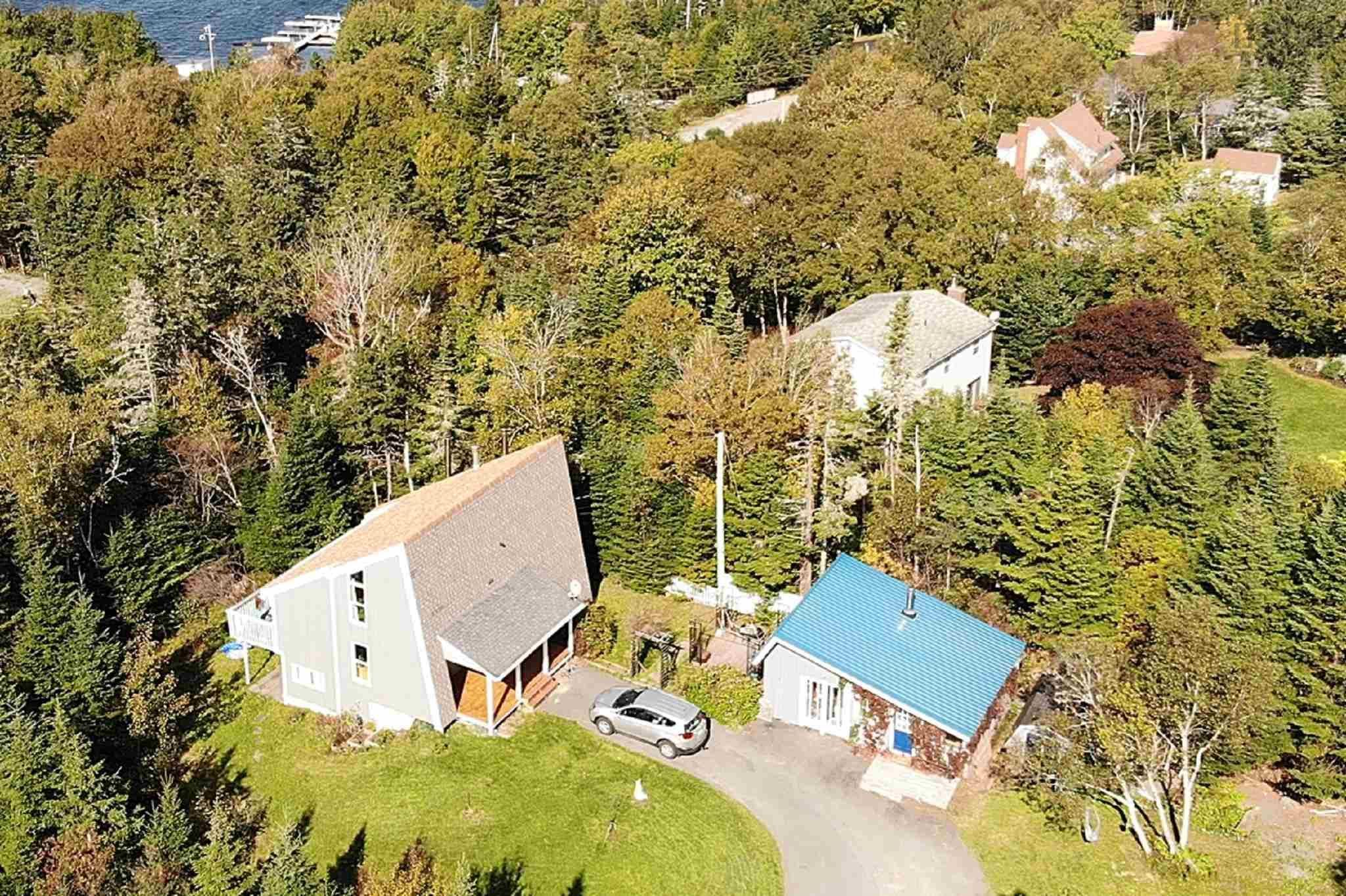 Main Photo: 455 East Petpeswick Road in Musquodoboit Harbour: 35-Halifax County East Residential for sale (Halifax-Dartmouth)  : MLS®# 202125732