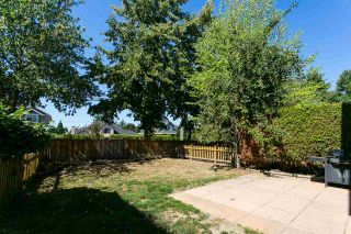 """Photo 19: 68 6465 184A Street in Surrey: Cloverdale BC Townhouse for sale in """"Rosebury Lane"""" (Cloverdale)  : MLS®# R2306057"""