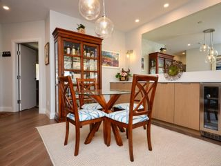 Photo 16: 843 203 Kimta Rd in : VW Songhees Condo for sale (Victoria West)  : MLS®# 885381