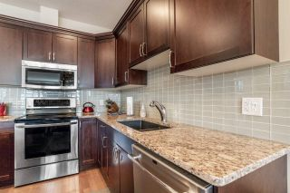 Photo 6: 8553 88 Street in Edmonton: Zone 18 House Half Duplex for sale : MLS®# E4229581
