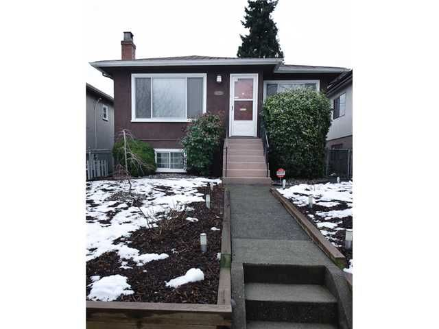 Main Photo: 4738 BEATRICE Street in Vancouver: Victoria VE House for sale (Vancouver East)  : MLS®# V872550