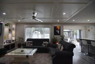 Photo 11: 7132 California Boulevard NE in Calgary: Monterey Park Detached for sale : MLS®# A1112261