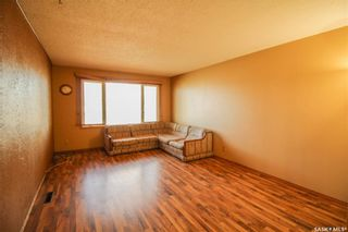 Photo 2: 2012 95th Street in North Battleford: Residential for sale : MLS®# SK847519