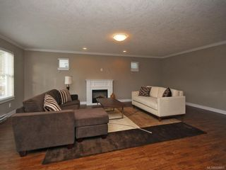 Photo 5: 3331 Merlin Rd in Langford: La Luxton House for sale : MLS®# 608861
