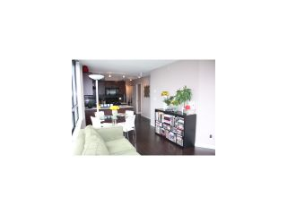 Photo 2: # 1718 938 SMITHE ST in Vancouver: Downtown VW Condo for sale (Vancouver West)  : MLS®# V1067462