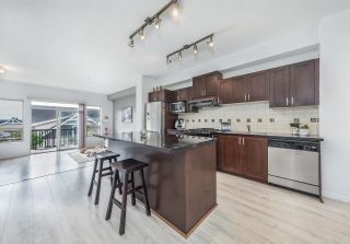 Photo 4: 186 3105 DAYANEE SPRINGS Boulevard in Coquitlam: Westwood Plateau Townhouse for sale : MLS®# R2617503