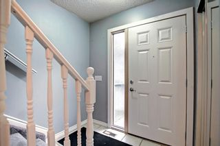 Photo 10: 63 4810 40 Avenue SW in Calgary: Glamorgan Row/Townhouse for sale : MLS®# A1145760