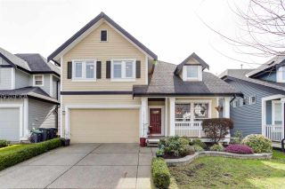 Photo 1: 18152 70A AVENUE in Surrey: Cloverdale BC House for sale (Cloverdale)  : MLS®# R2149572