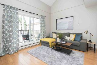 """Photo 5: 304 620 BLACKFORD Street in New Westminster: Uptown NW Condo for sale in """"DEERWOOD COURT"""" : MLS®# R2246699"""