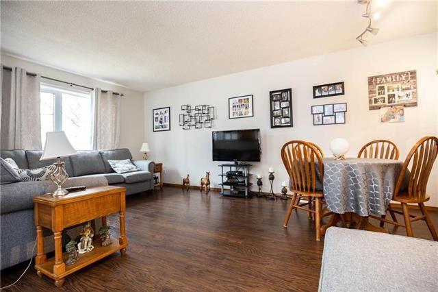 Photo 2: Photos: 871 Beach Avenue in Winnipeg: East Elmwood Residential for sale (3B)  : MLS®# 1909033