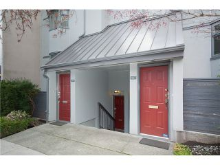 Photo 2: 1369 W 8TH Avenue in Vancouver: Fairview VW Townhouse  (Vancouver West)  : MLS®# V1113609