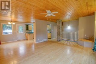 Photo 2: 5353 QUA PLACE in 108 Mile Ranch: House for sale : MLS®# R2602919