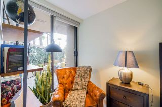 """Photo 19: 102 1450 PENNYFARTHING Drive in Vancouver: False Creek Condo for sale in """"Harbour Cove"""" (Vancouver West)  : MLS®# R2560607"""