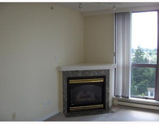 """Photo 3: 1104 10899 W WHALLEY RING Road in Surrey: Whalley Condo for sale in """"OBSERVATORY"""" (North Surrey)  : MLS®# F2715819"""
