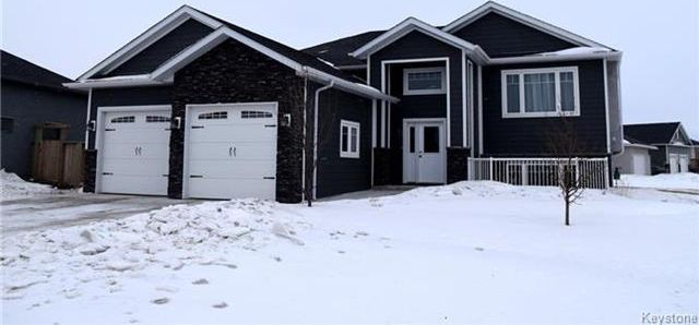 Main Photo: 12 Kingsley Gate in Niverville: Fifth Avenue Estates Residential for sale (R07)  : MLS®# 1801680