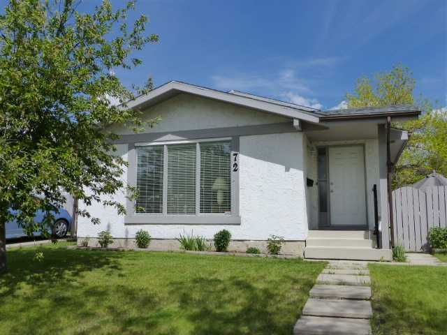 Main Photo: 72 WOODGLEN Road SW in CALGARY: Woodbine Residential Detached Single Family for sale (Calgary)  : MLS®# C3621641