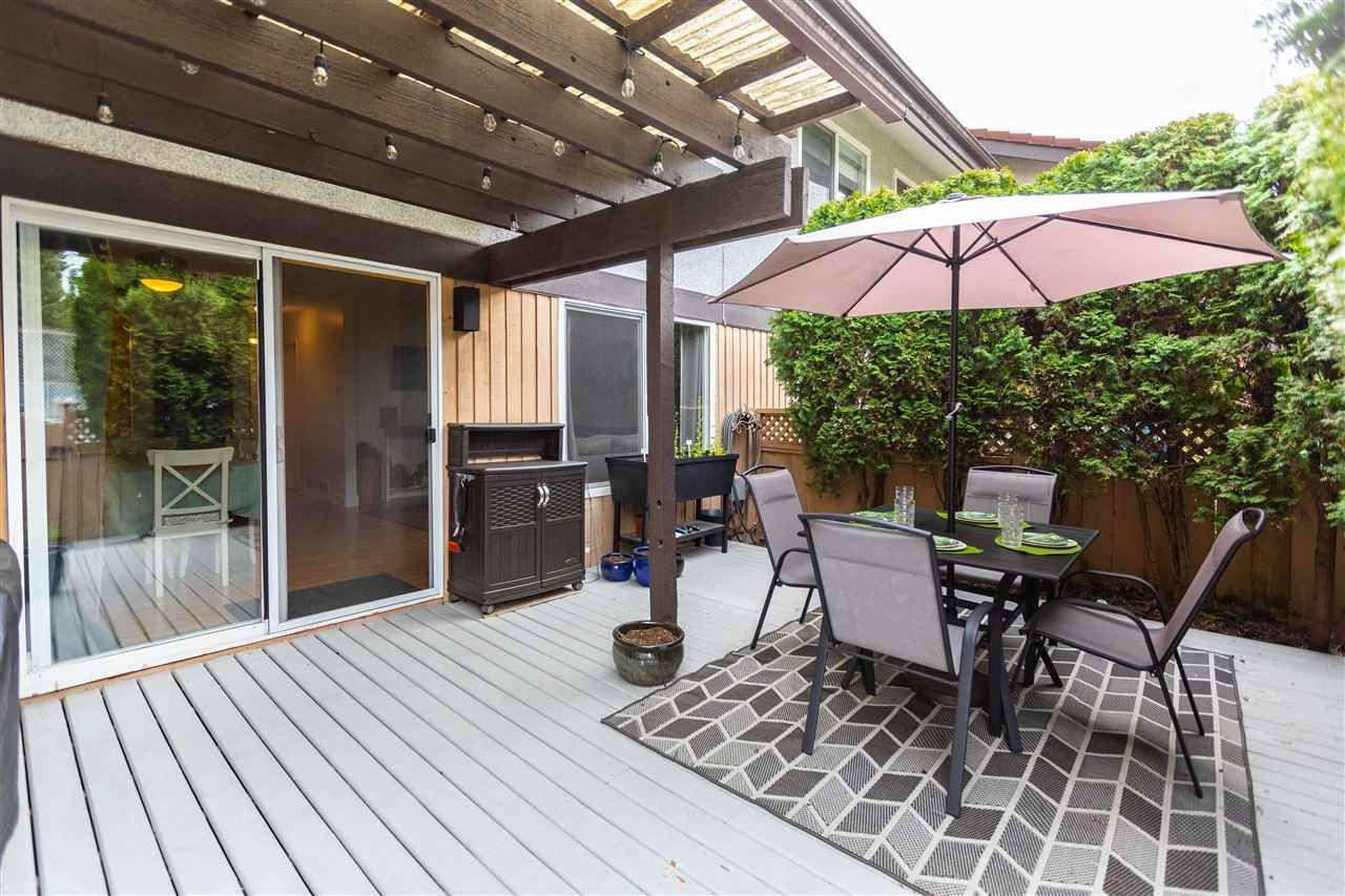 Photo 11: Photos: 21 3046 COAST MERIDIAN ROAD in Port Coquitlam: Birchland Manor Townhouse for sale : MLS®# R2452233